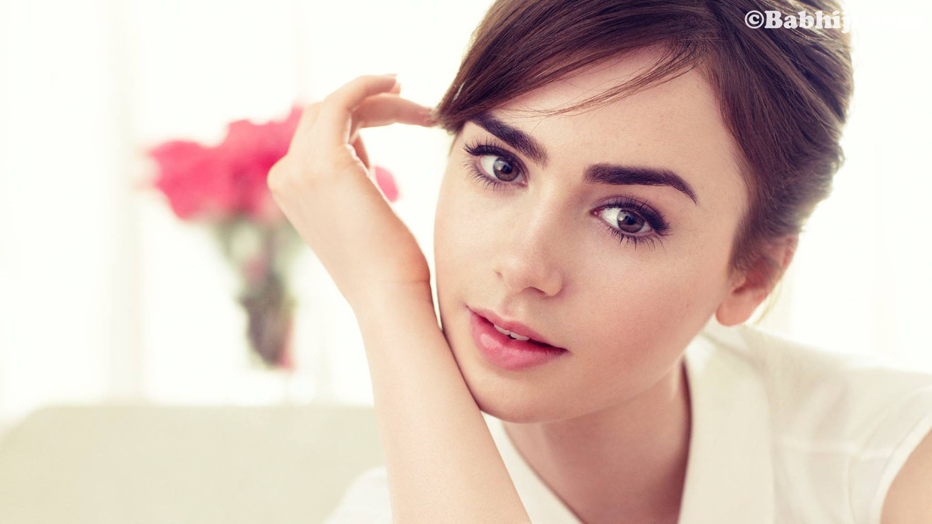 Lily Collins, Lily Collins Wallpaper, Lily Collins Photo, Lily Collins Images